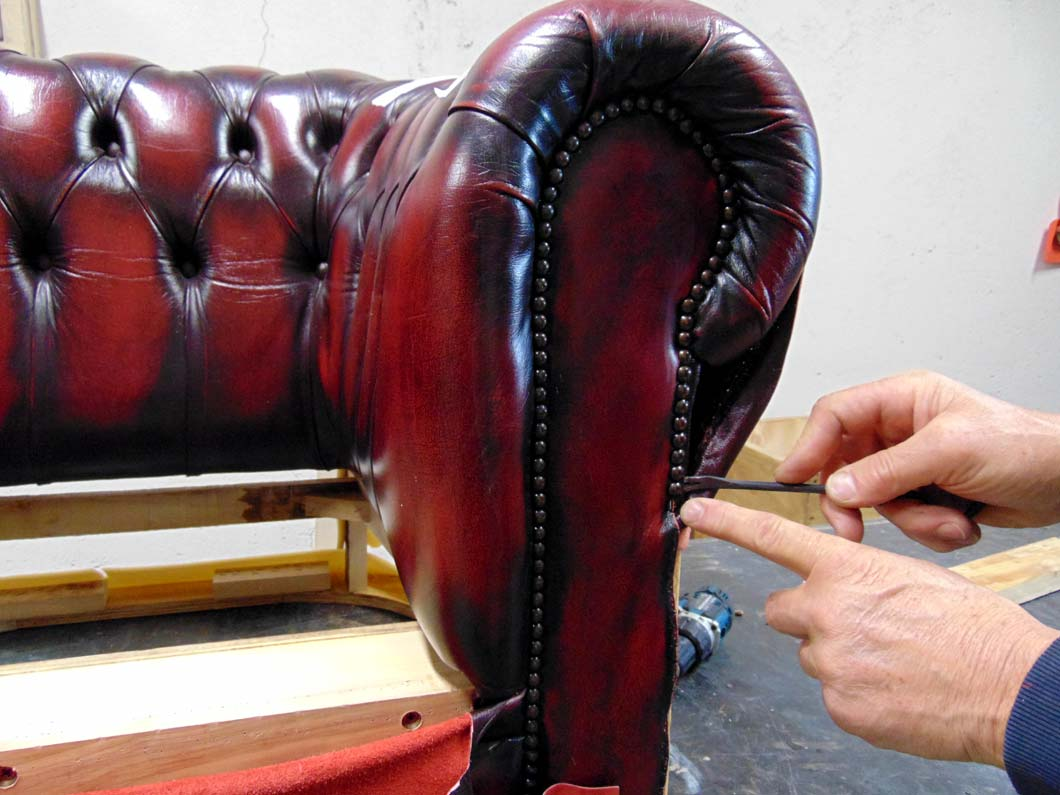 Baratti: how do we restore sofas?