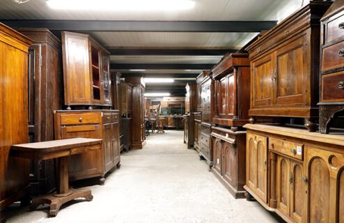 Divani Chesterfield Baratti Antichità - La sede - 2