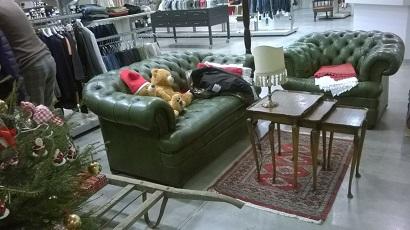 Divani chesterfield originali mobili antichi tavelle e - Stock mobili brescia ...