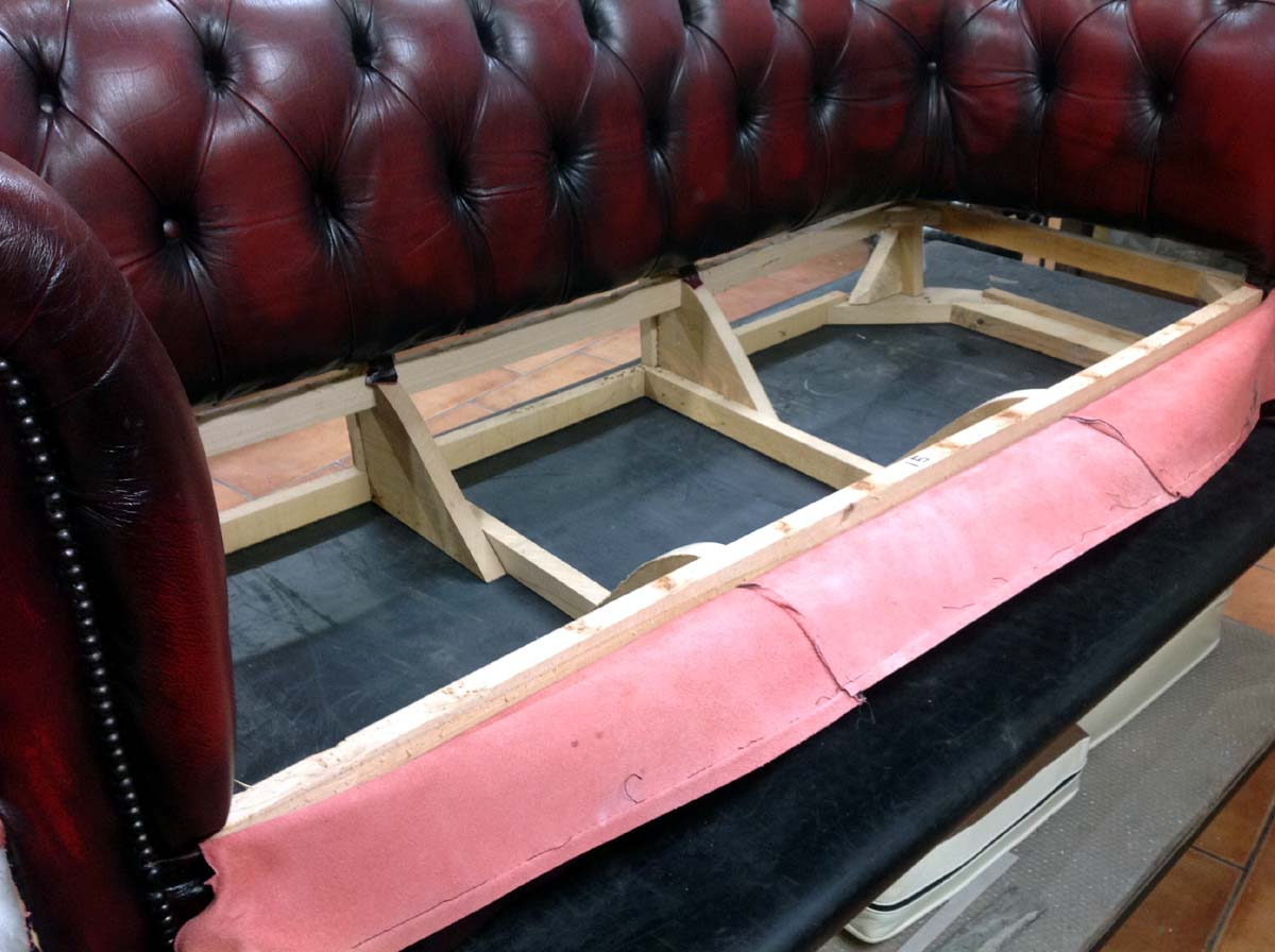 Baratti: how to restore sofas