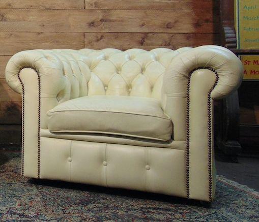 Poltrona Chesterfield Club originale vintage in vera pelle inglese color avorio schermata2021-01-18alle17.59.59.png