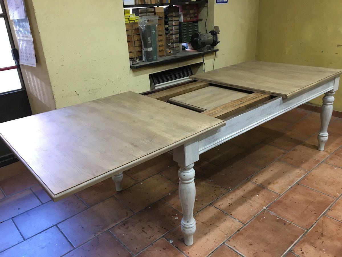 Tavolo con gambe tornite img_3433.jpg