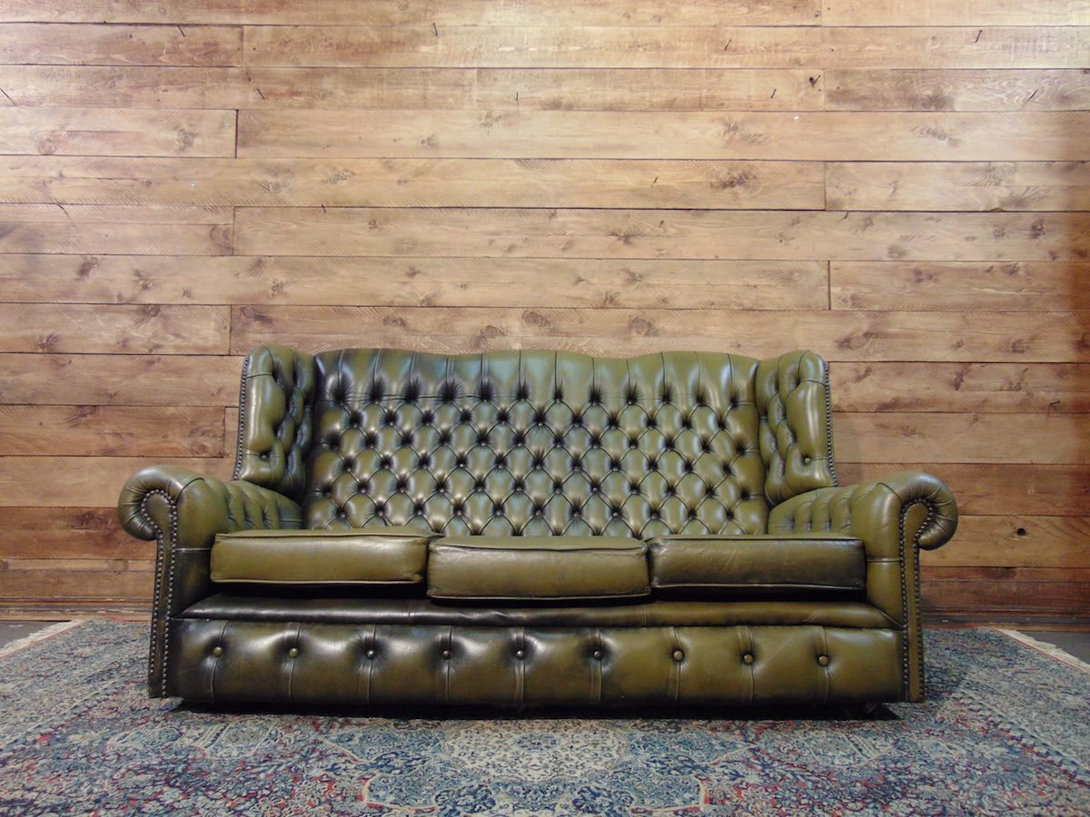Chesterfield Monk 3 seater sofa original English in green leather dsc01724.jpg