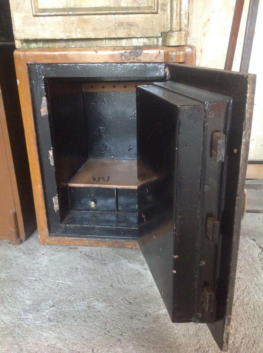 Cassaforte originale inglese di epoca vittoriana in ferro foto21-02-151045433.jpg