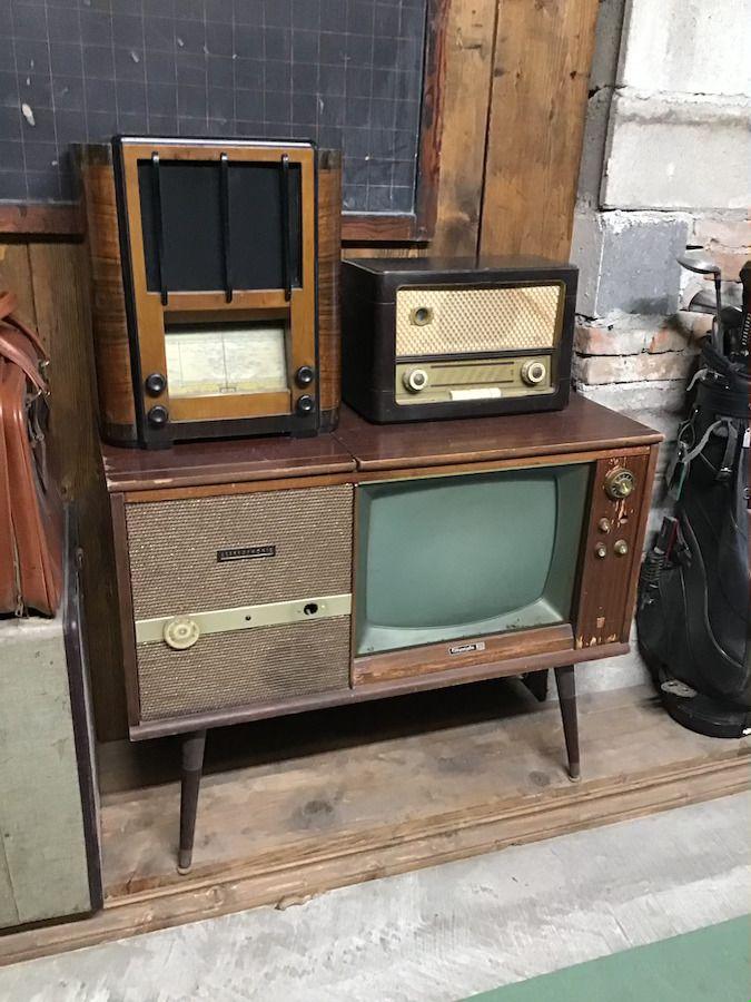 Radio vintage img_0443.jpg