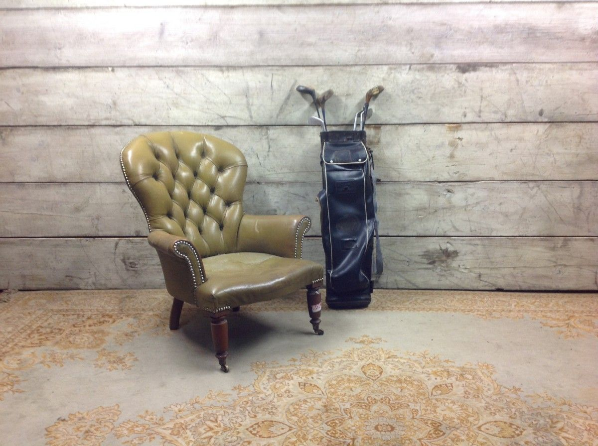 Seggiola Chesterfield da camera originale inglese vintage color giallo img_2350-1200.jpg