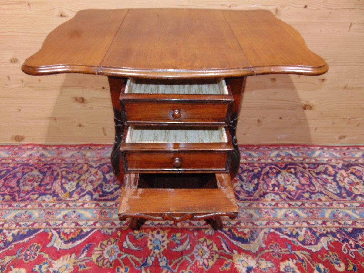 Tavolino a bandelle con cassetti 1735....jpg