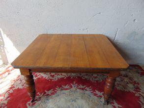 Tavolino con prolunga in rovere 1