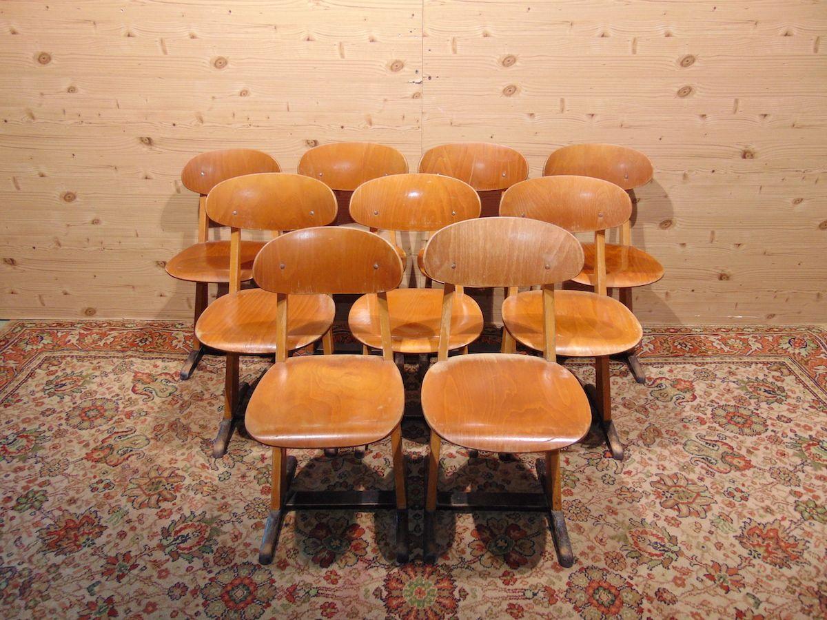 Sedie da scuola in legno 1808..jpg