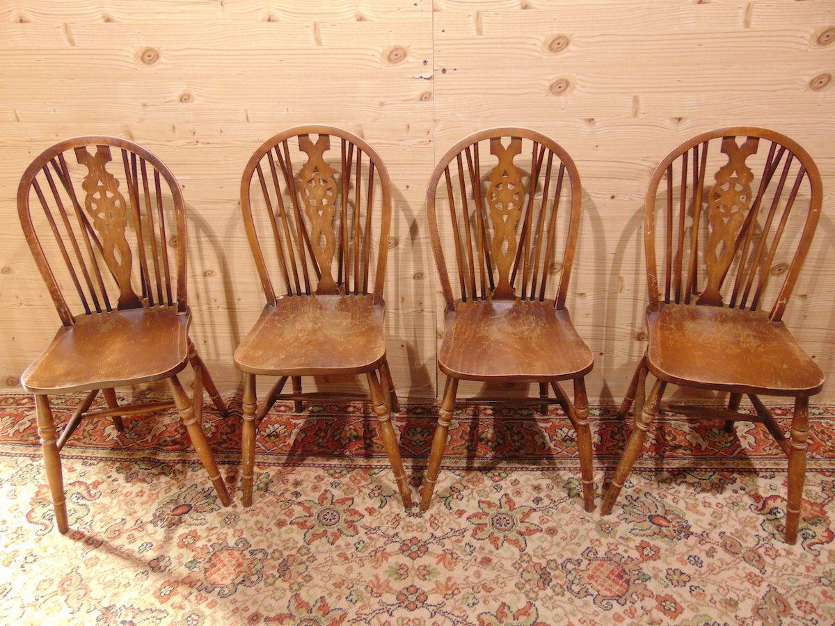 4 sedie da pub 1852..jpg