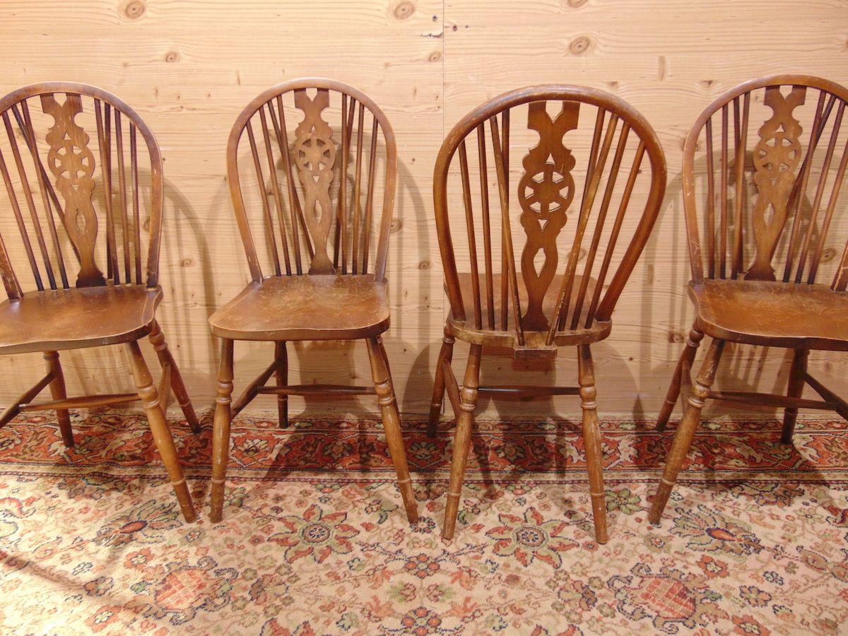 4 sedie da pub 1852......jpg