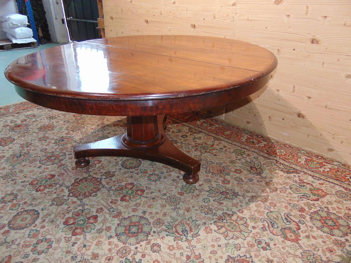 Antico tavolo tondo 1902...jpg