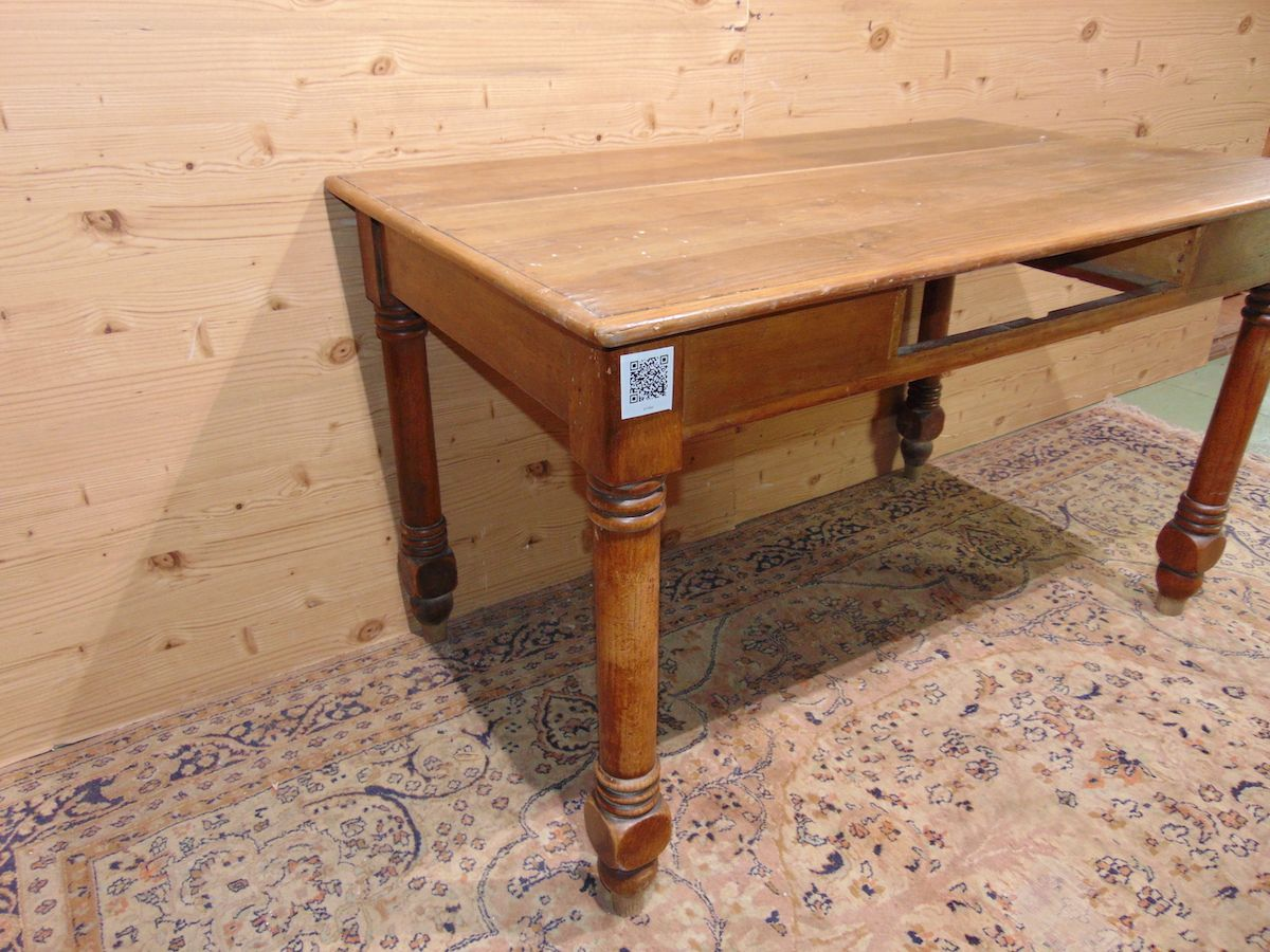 Tavolo/scrittoio in noce con cassetto 1966...jpg