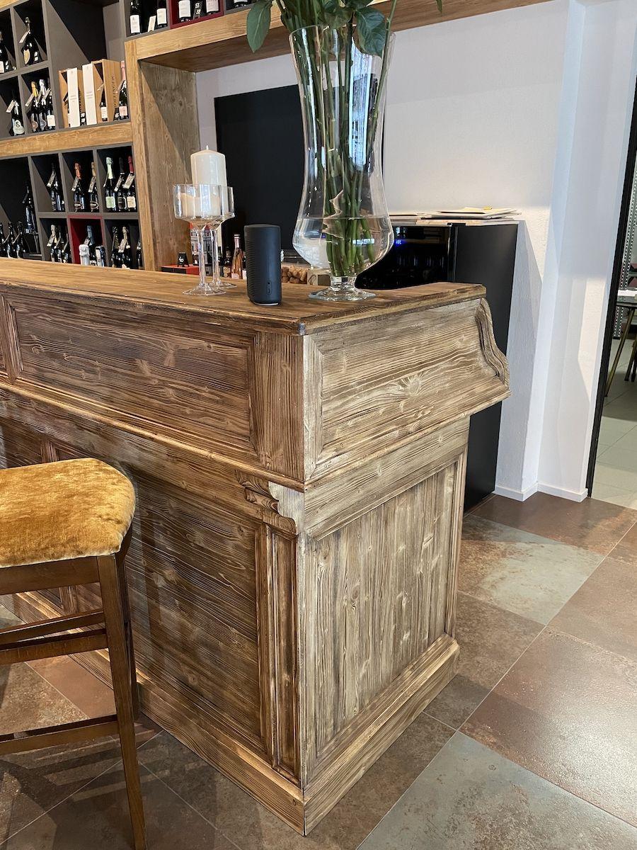 Bancone bar su misura finitura rustica img_1169.jpg