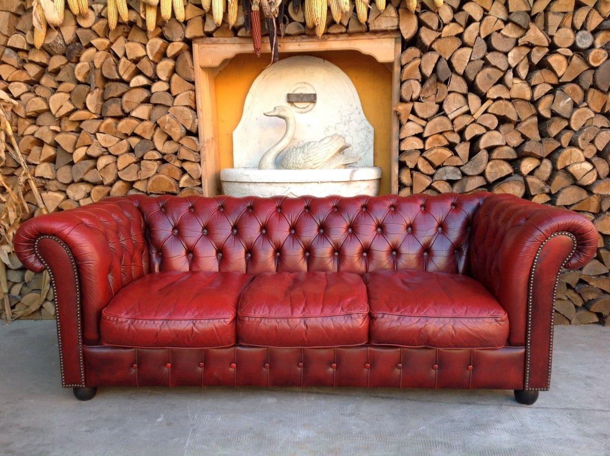 Divano Chesterfield 3 posti originale inglese vintage in vera pelle color rosso img_3017-1200.jpg