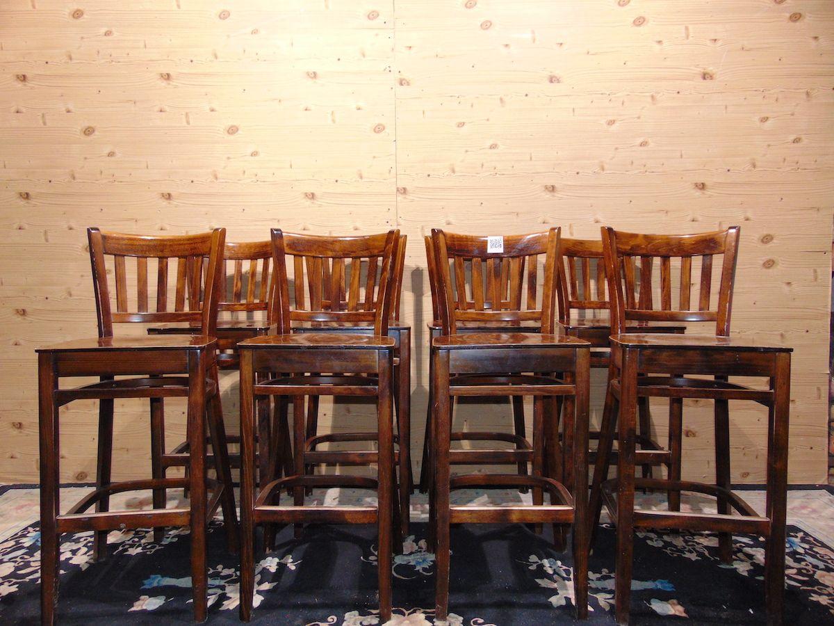 Sgabelli da pub in legno 2053.jpg