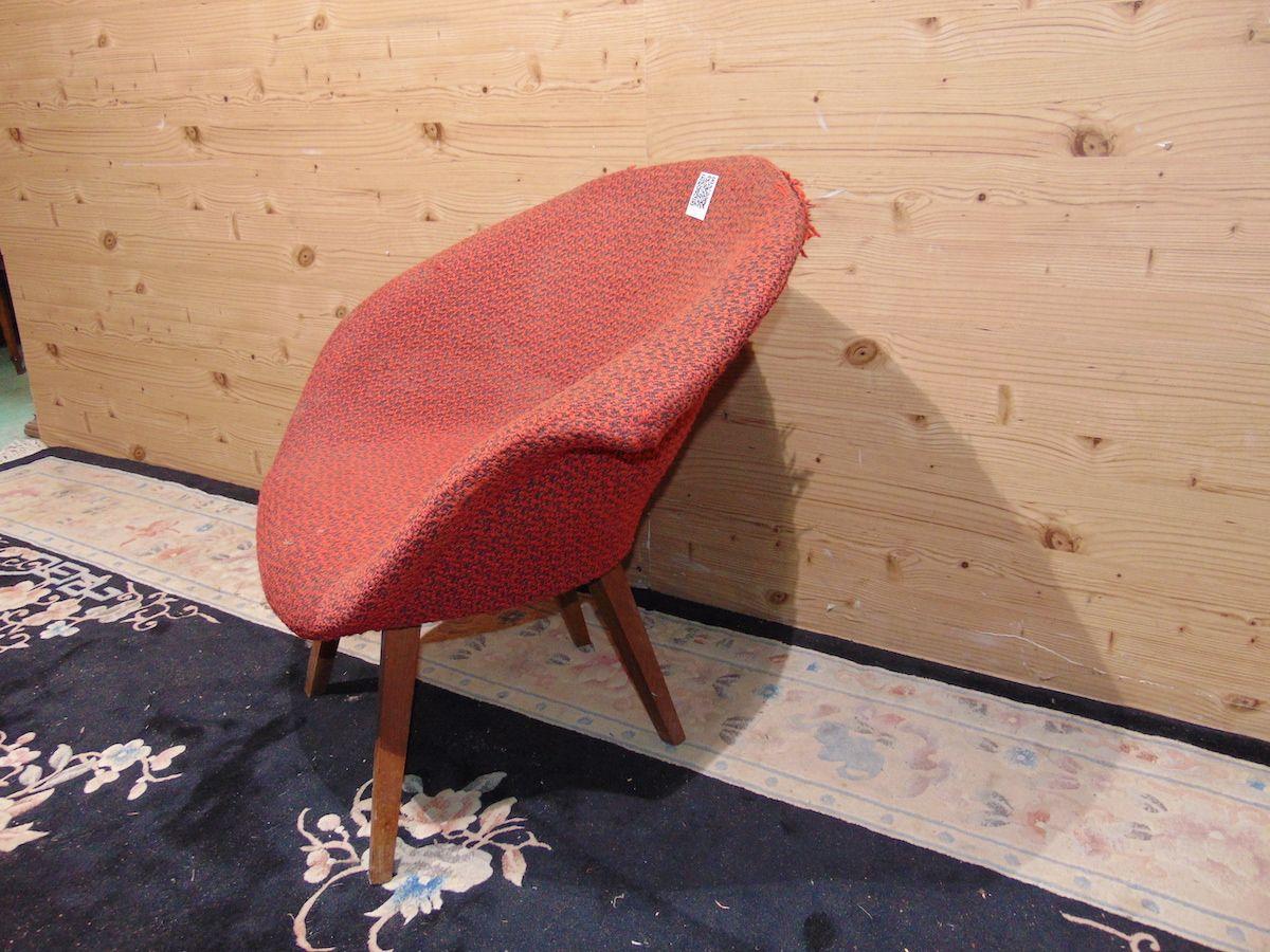 Vintage Navratil armchair 2116....jpg