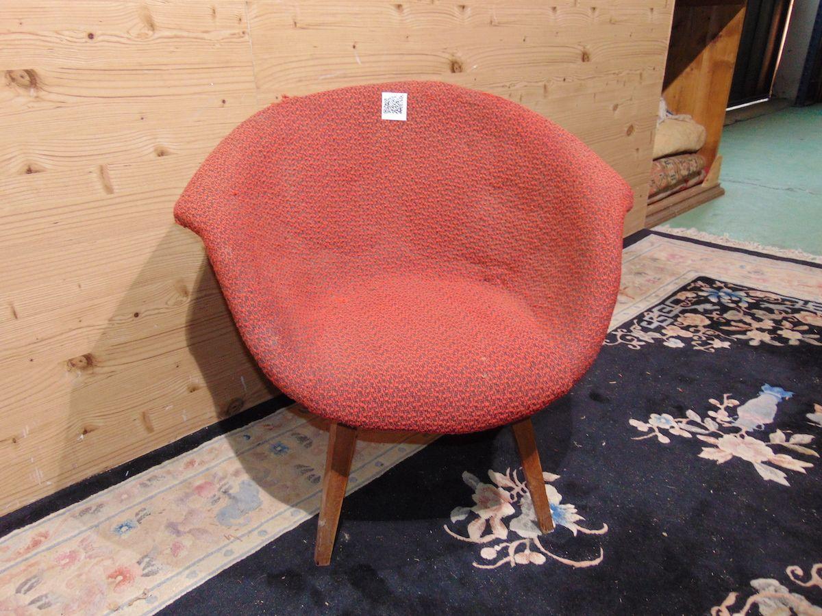Vintage Navratil armchair 2116...jpg
