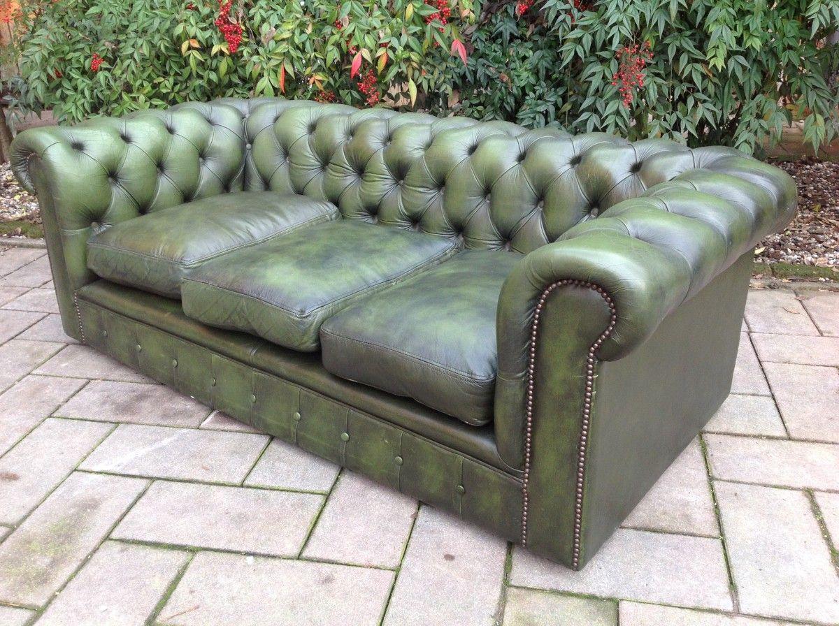 Salotto Chesterfield color verde originale in vera pelle inglese vintage img_0139-1200.jpg