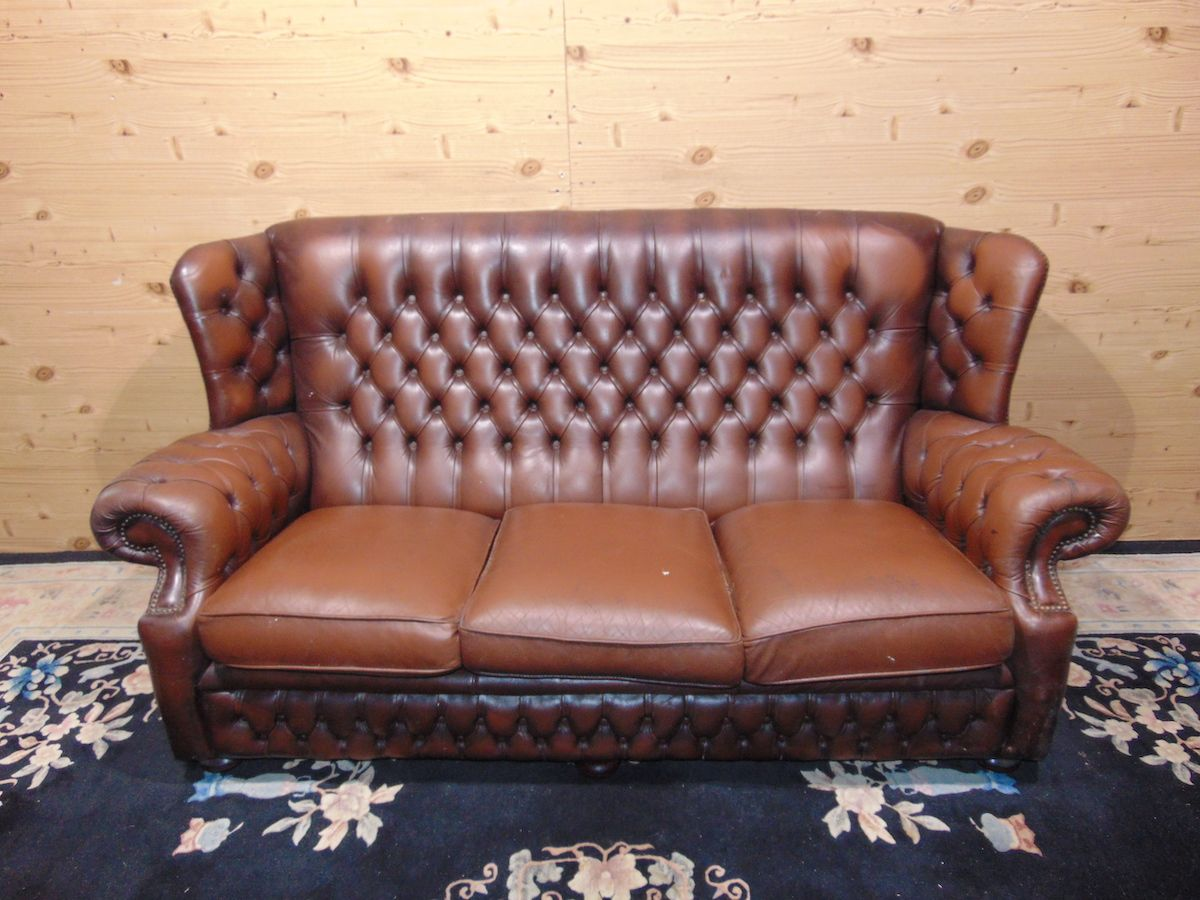 Brown Chesterfield Monk lounge 2174..jpg