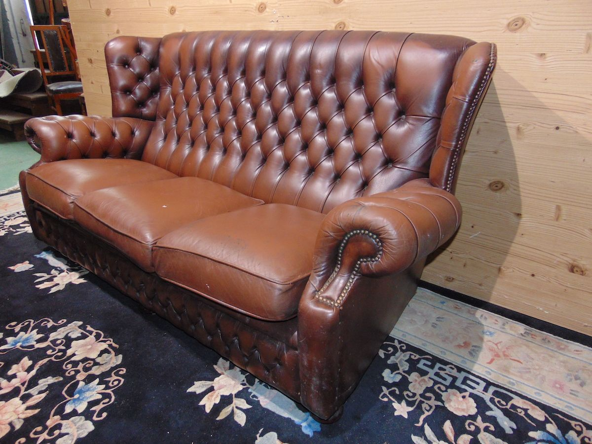 Brown Chesterfield Monk lounge 2174...jpg