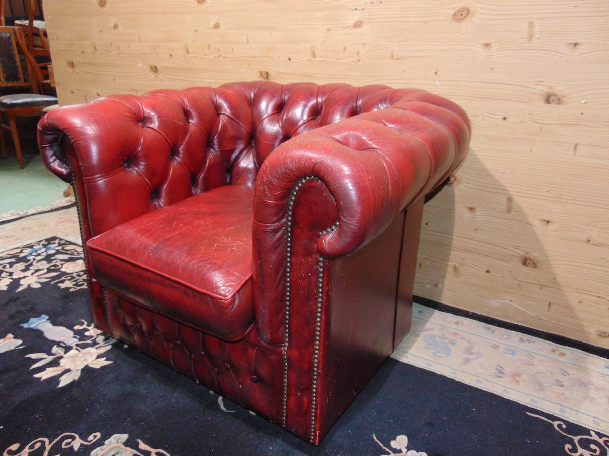 Poltrona Chesterfield Club bordeaux 2178....jpg