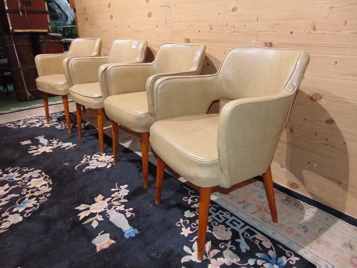 Cockpit armchairs in leather 2228....jpg