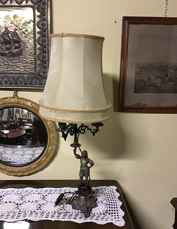 Lampada da tavolo in ottone schermata2020-04-28alle17.53.15.png
