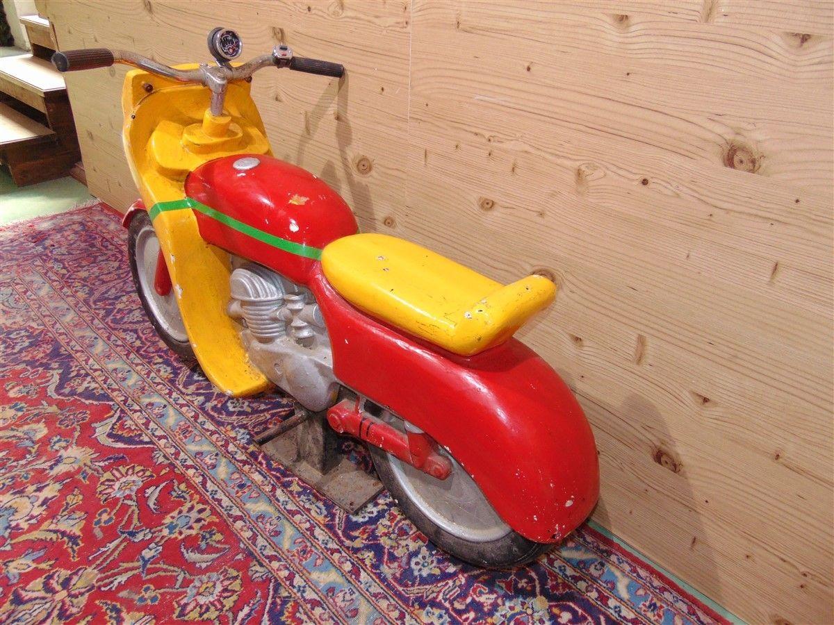 Vecchia motocicletta da gioco dsc06086.jpg