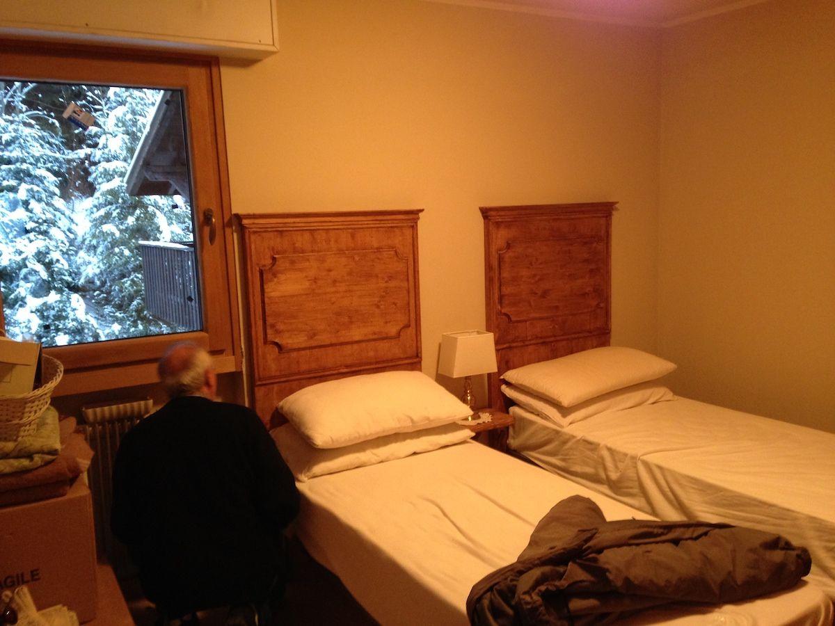 Furnishings for mountain homes 025.jpg