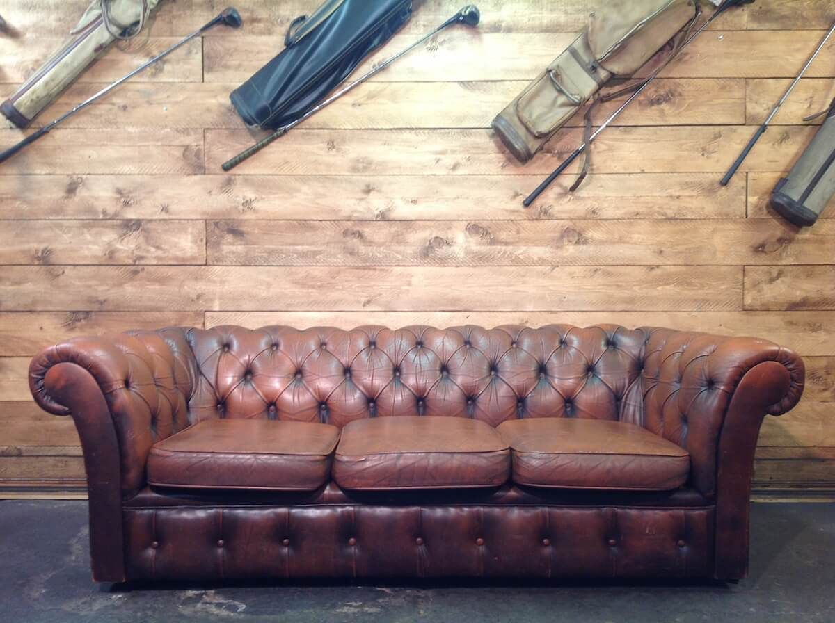 Original 3 seater Chesterfield sofa in genuine brown leather img_6894.jpg