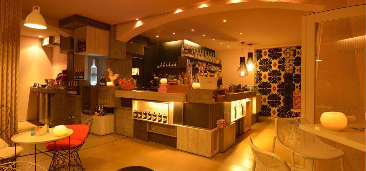 """Allestimento di cassaforti presso """"zamira lounge bar"""" a Porto Cervo banz2.jpg"""