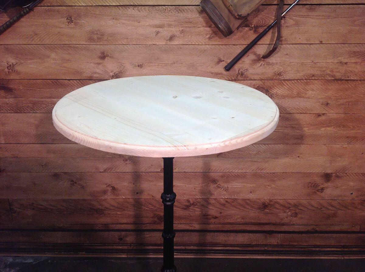 Tavoli mangia in piedi con coperchio grezzo img_7188.jpg