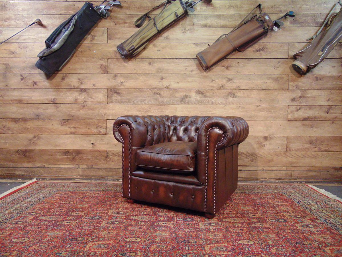 Poltrona Chesterfield Club nuova originale inglese in vera pelle di vitello color marrone dsc00572.jpg