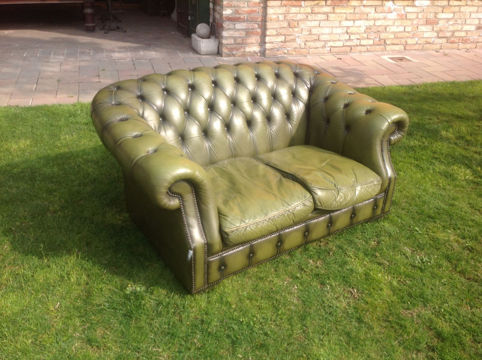 Salotto Chesterfield originale inglese vintage in vera pelle color verde img_0500.jpg