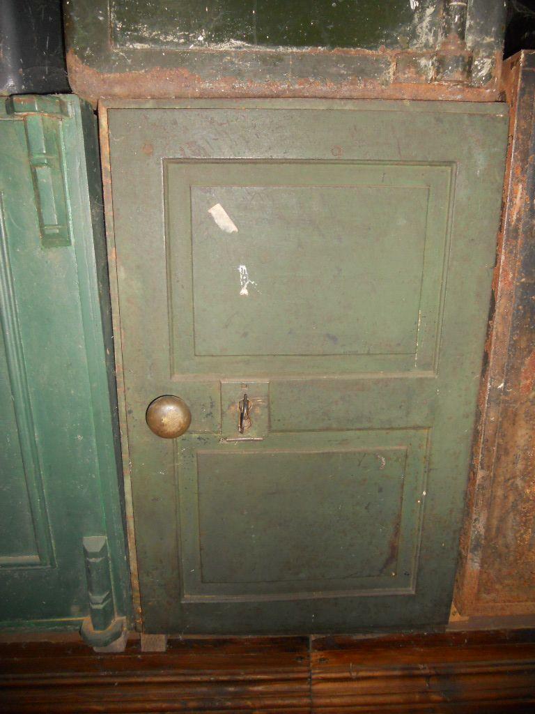 Cassaforte originale inglese di epoca vittoriana in ferro scn3703.jpg