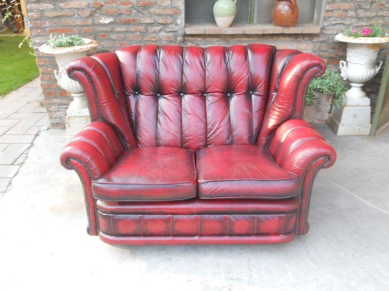 Divano Chesterfield 2 posti originale inglese vintage in vera pelle color rosso 101810173310_bok.jpg