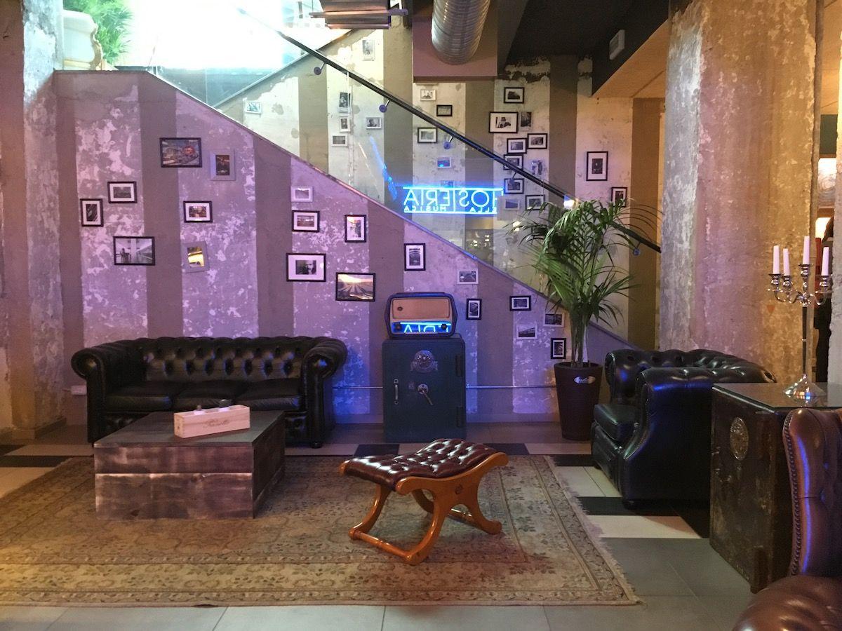 Set up at The singer music restaurant in Milan img_2470.jpg..jpg