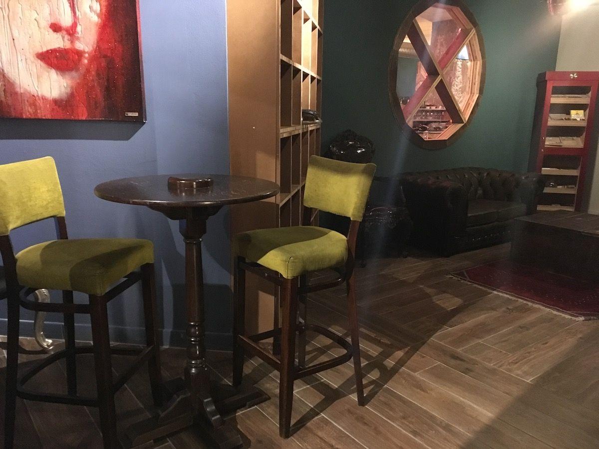 Set up at The singer music restaurant in Milan img_2472.jpg..jpg