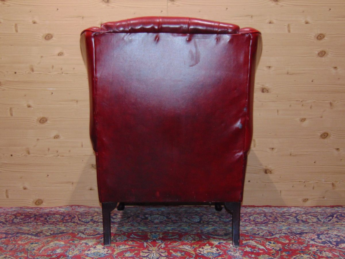 Poltrona Chesterfield Queen Anne color rosso dsc05327.jpg