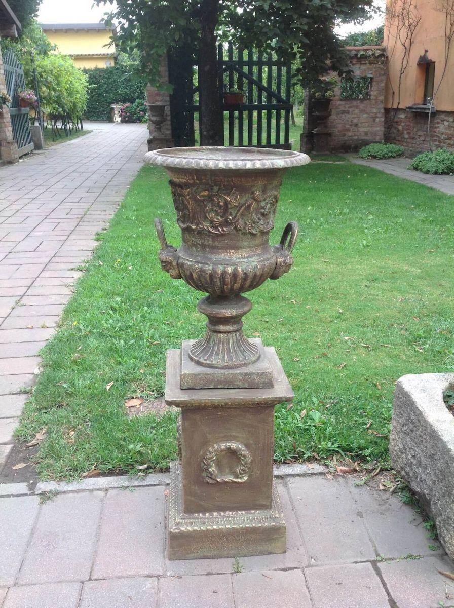 Vaso da giardino in ghisa img_7506.jpg
