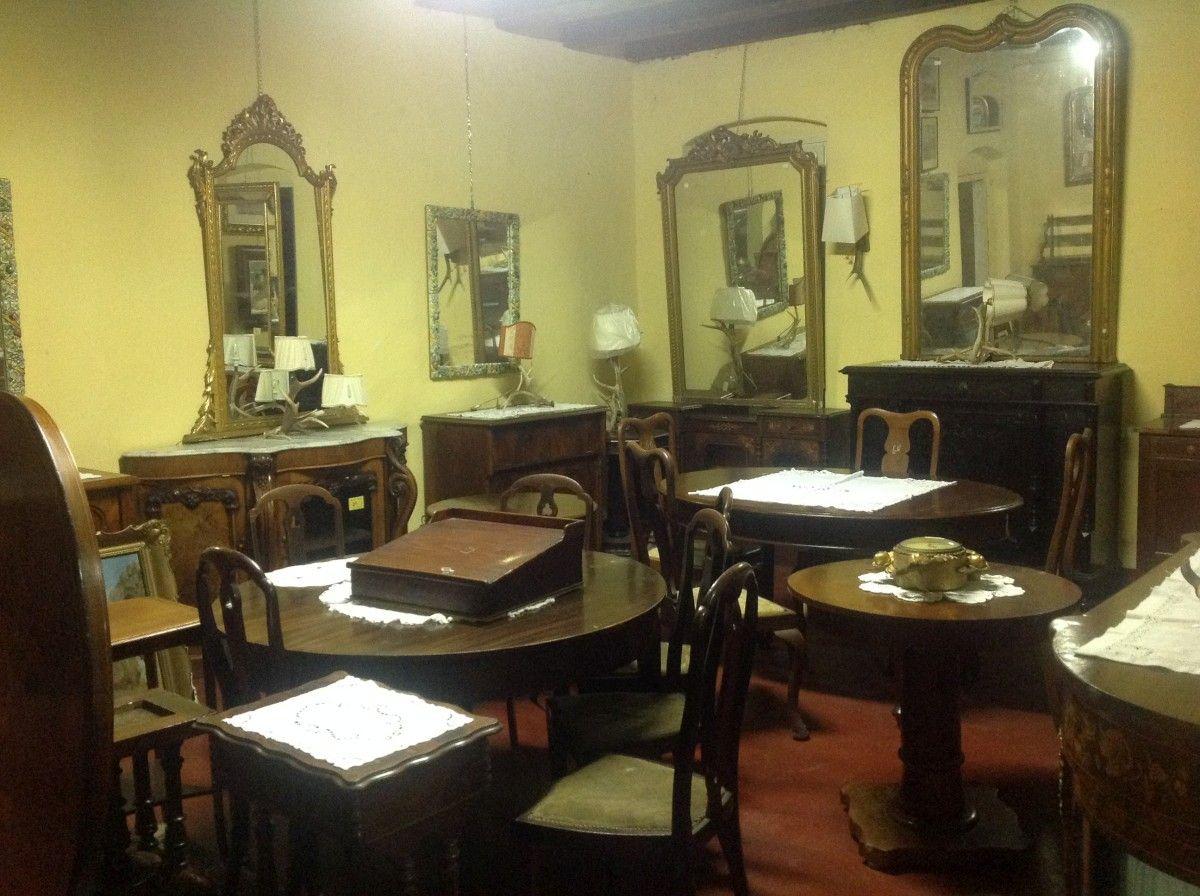 Esposizione di mobili, stampe e specchi img_4007-1200.jpg