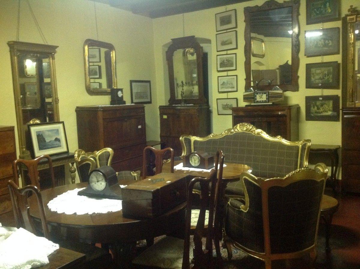 Esposizione di mobili, stampe e specchi img_4015-1200.jpg