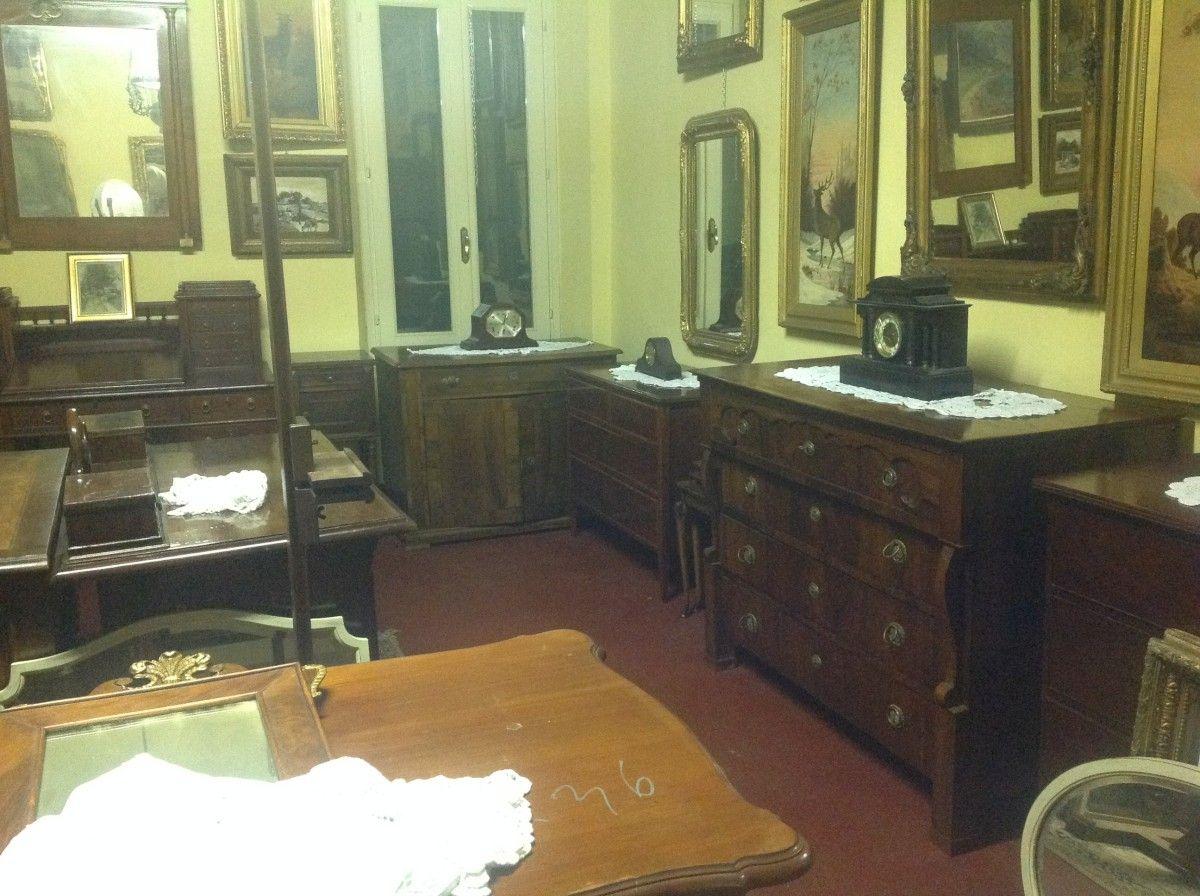 Esposizione di mobili, stampe e specchi img_4022-1200.jpg