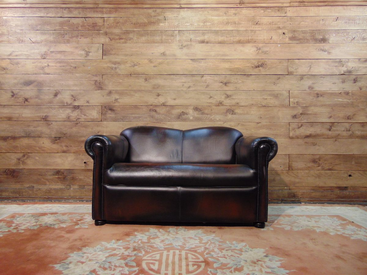 Chesterfield sofa 2 original English places in leather mustard dsc02766.jpg