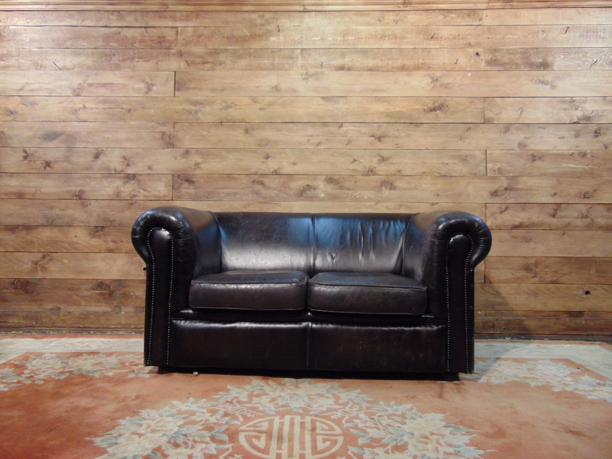 Chesterfield sofa 2 original English places in leather mustard dsc02769.jpg
