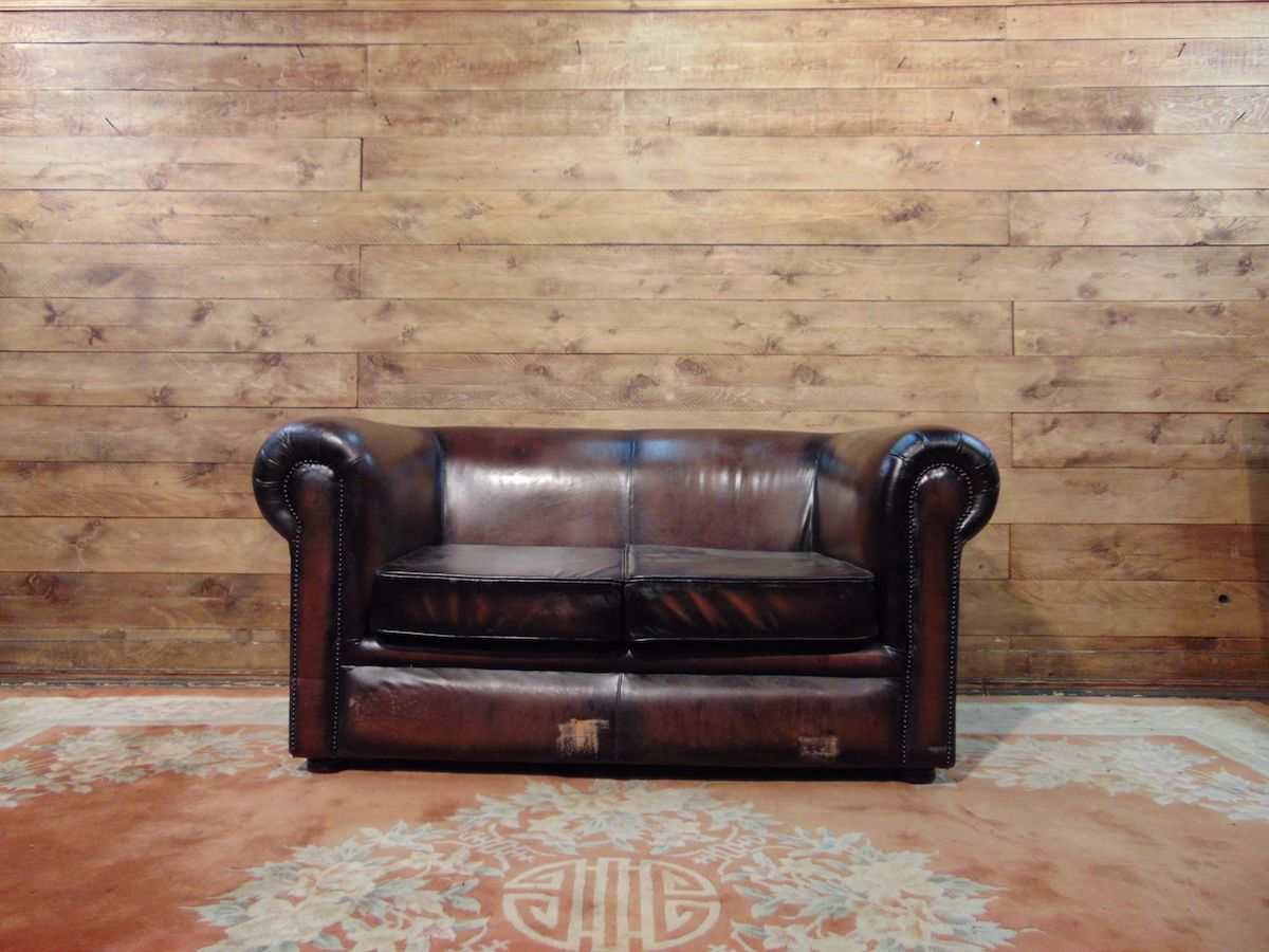 Chesterfield sofa 2 original English places in leather mustard dsc02780.jpg