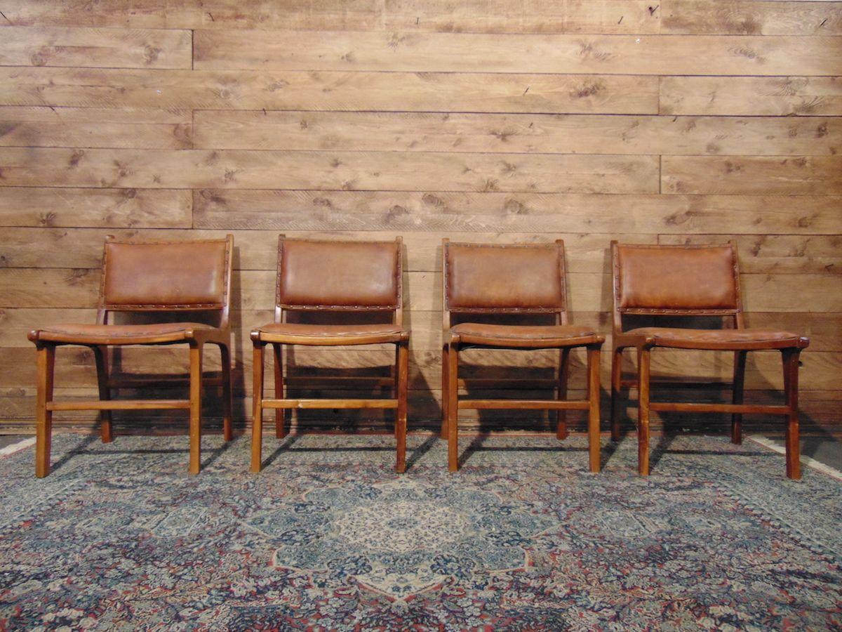 Chesterfield seating original burgundy genuine English vintage leather dsc01961.jpg