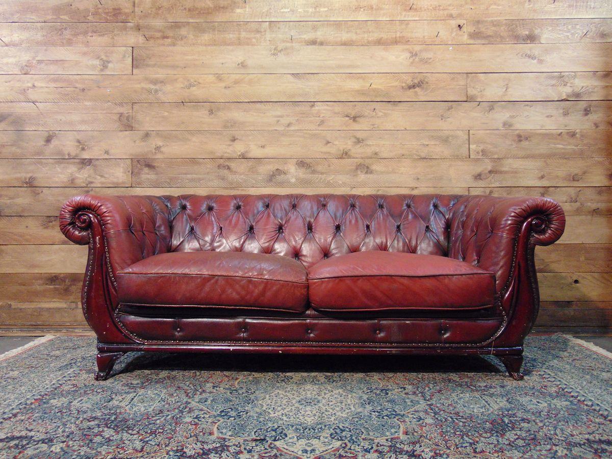 Coppia di divani Chesterfield vintage coppia..jpg