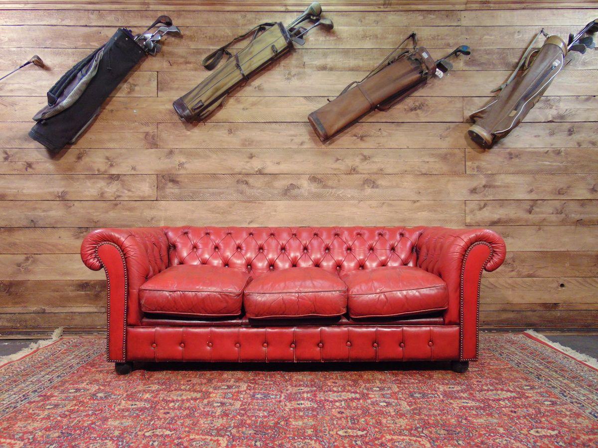 Salotto Chesterfield rosso dsc00401.jpg